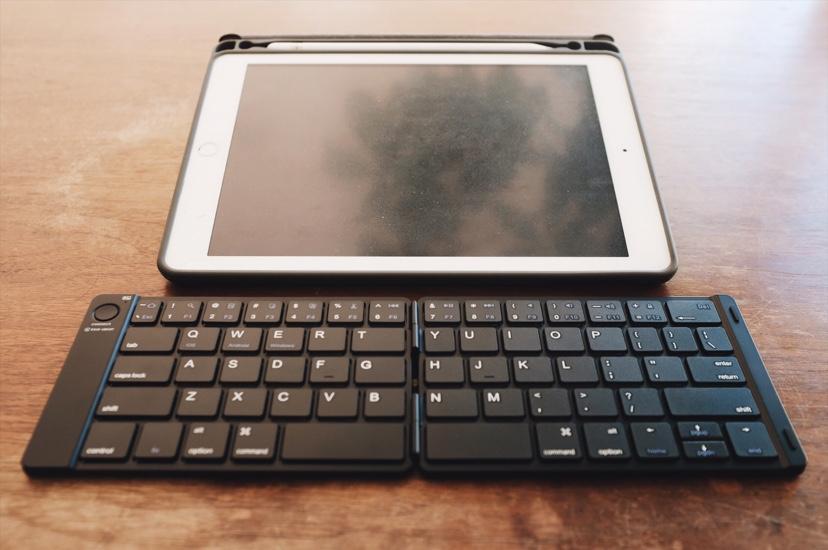 iPadと並べた感じがこれ