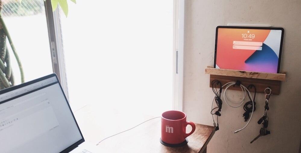 100均のアイテムでもiPad Proのスタンドが作れたよ